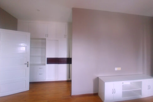 38 Room Apartment Building For Rent @ Chamkarmon Img5
